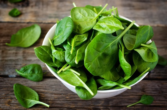 Spinach Salad w/ Caramelized Onion-Cranberry Dressing